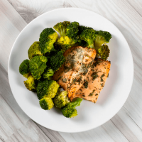 Salmon with brocoli
